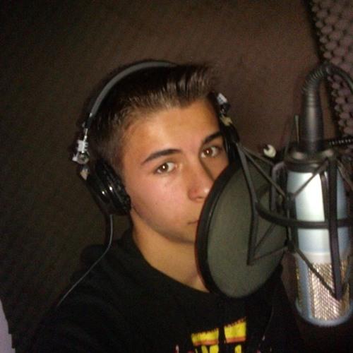 Daniel Arellano's avatar