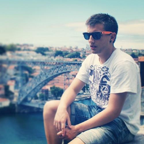 Andrew Vilo's avatar