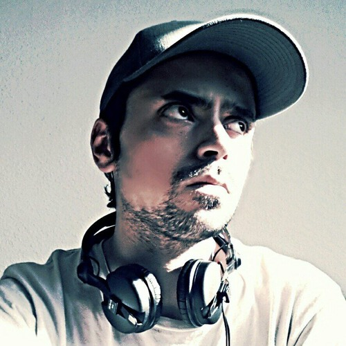 R.DAVIS's avatar