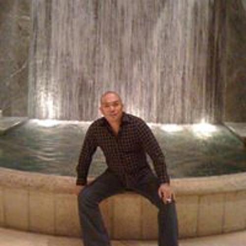 Marcus B Paras's avatar