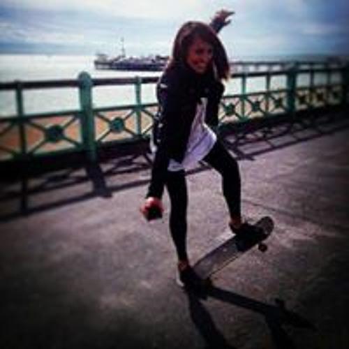Claudia Olzeri's avatar
