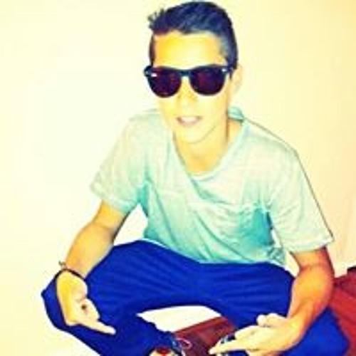 Cesar Ruiz 23's avatar