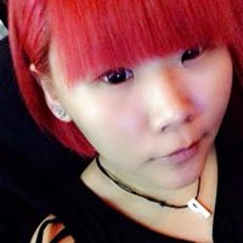 Yvonne Sha's avatar