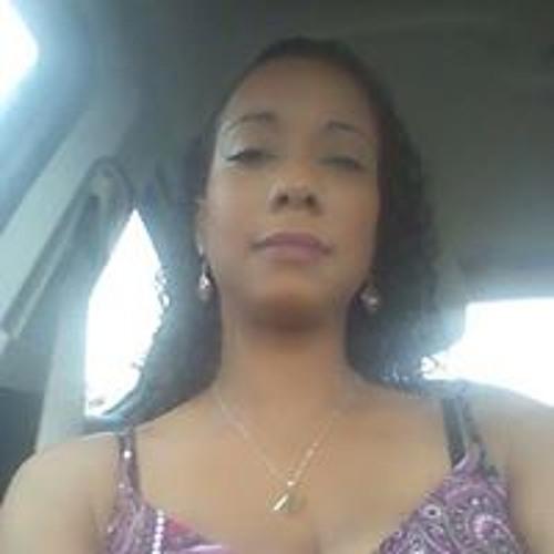 Nikie Grant's avatar
