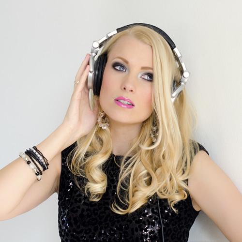 DJ Quitara's avatar