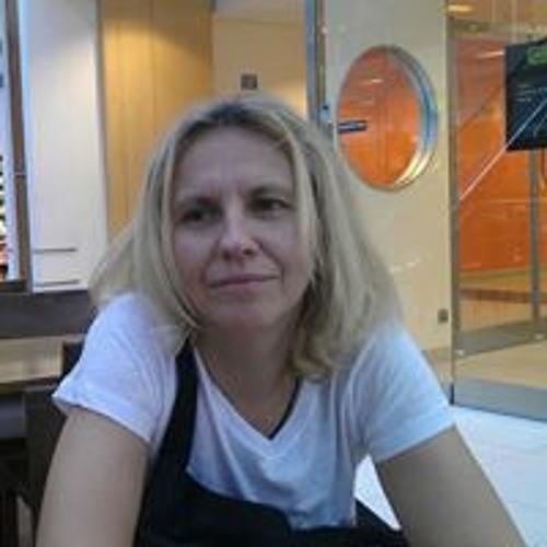 Monika Oszołom's avatar