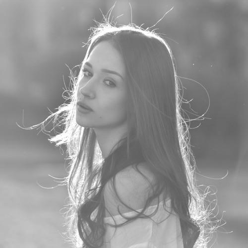 Sarah Bandeira's avatar