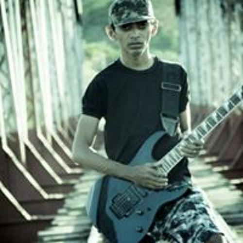 Eduardo Simoes 12's avatar