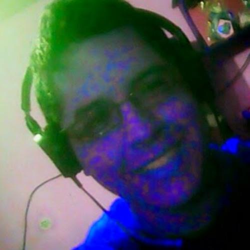 Angello Gonzales's avatar