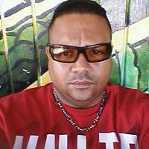 Israel Morales 37's avatar
