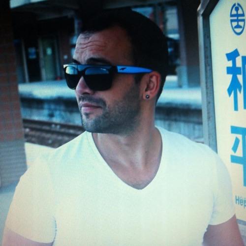 emrahbaser's avatar