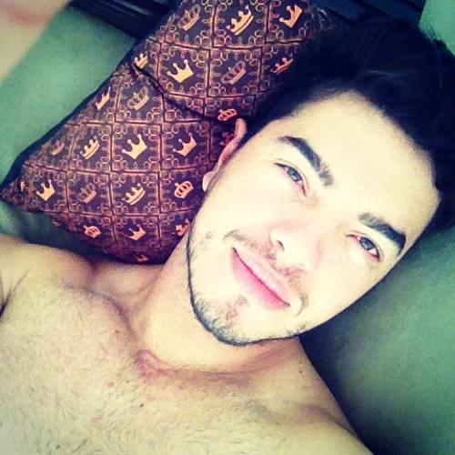 Régis Gonçalves's avatar