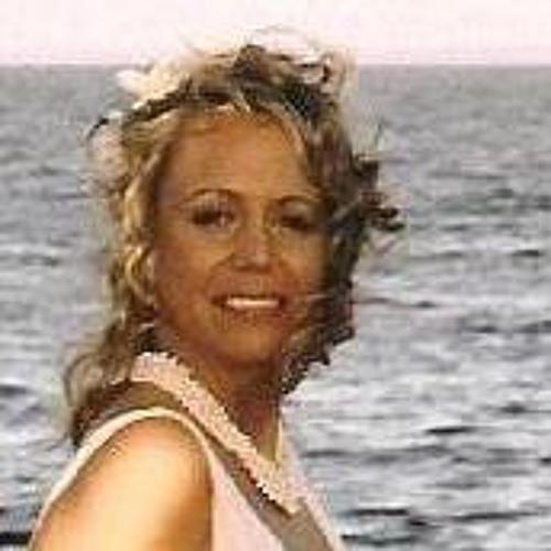 Dana M. Lyons's avatar