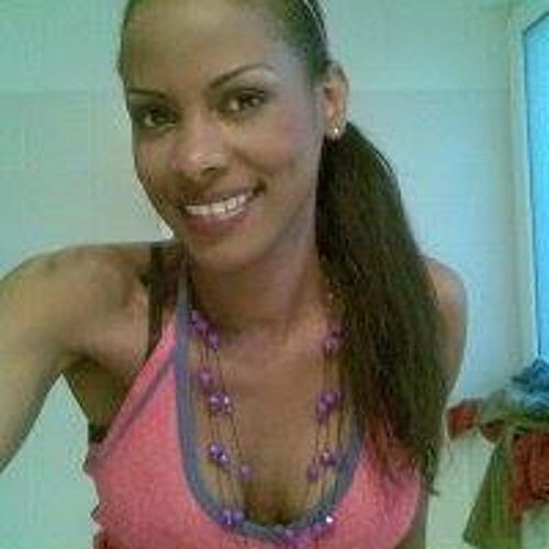 Aline Finomette's avatar
