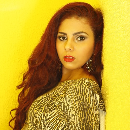 Carol Santiago's avatar