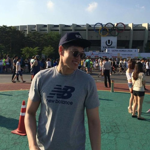Nathan SeokHee Chang's avatar