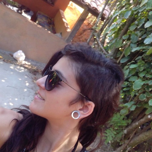 Lívia Ellen's avatar