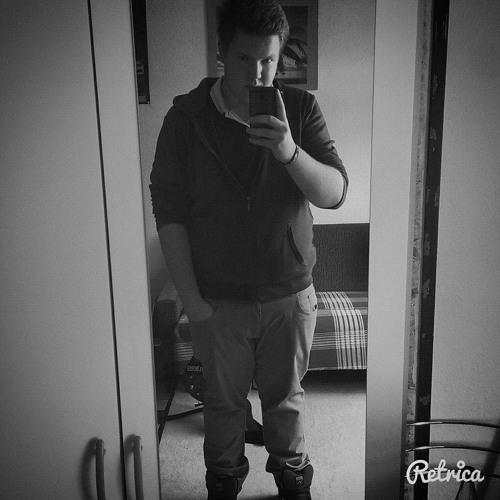 Sascha Fuchs 12's avatar