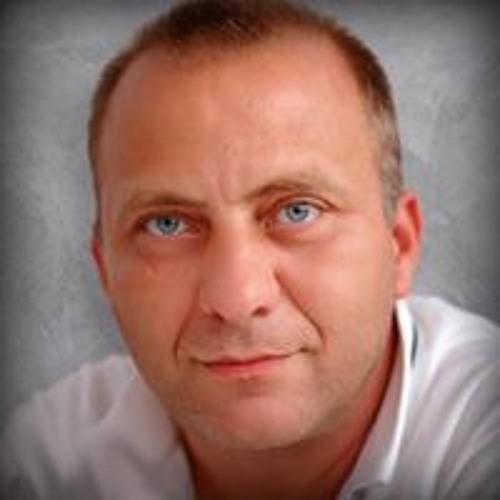 Radu Vezure's avatar