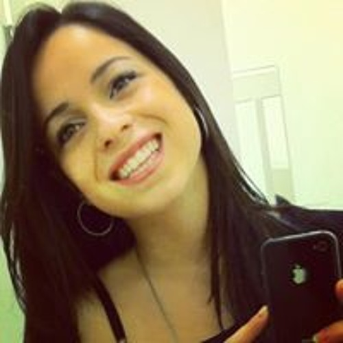 Gabriela Monteiro 36's avatar