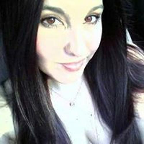 Andi Crivello's avatar
