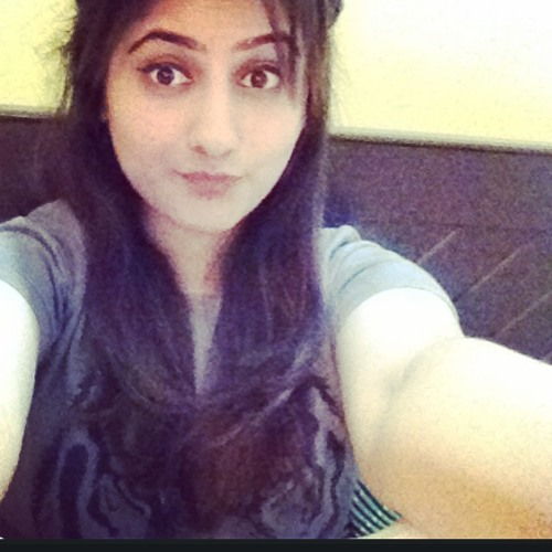 Maira Khalid Awan's avatar