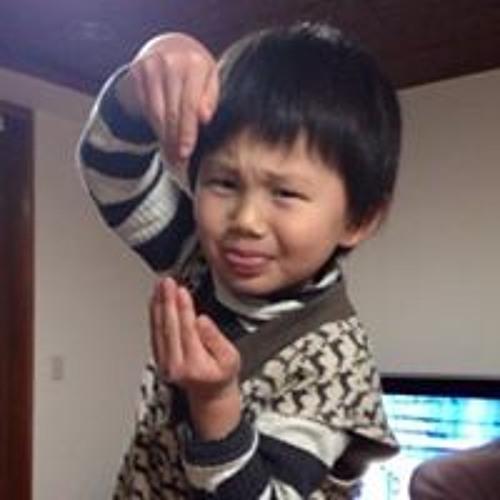 Michie Hirano's avatar