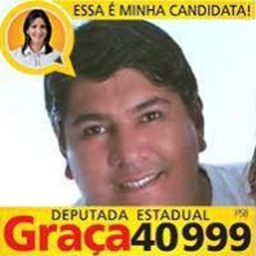 Julio Moraes 15's avatar