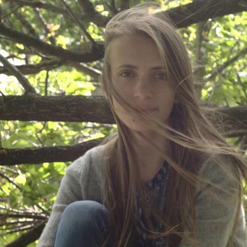 Anna Ivancova's avatar