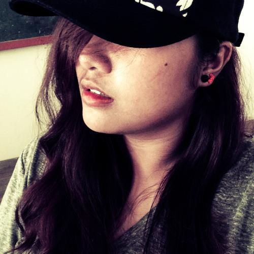 Alyssa Lising's avatar