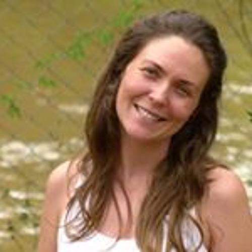 Gisele Ponso's avatar