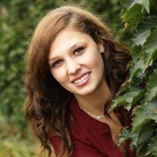 Lydia Slattery's avatar