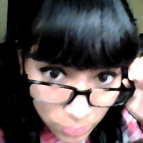 Stefini Luna Summer's avatar