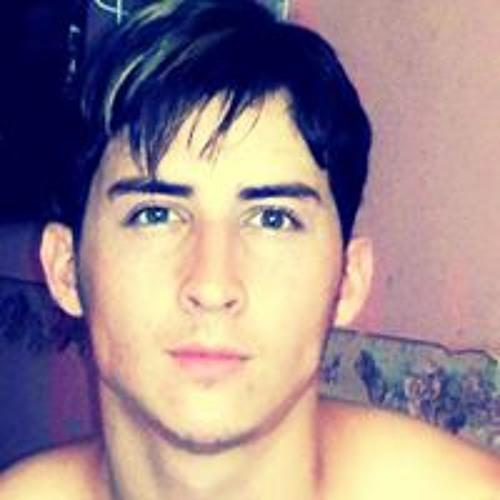 Eduardo Flores 178's avatar