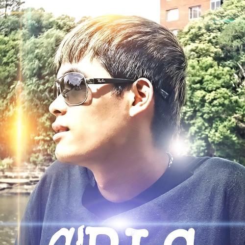 Tú Nguyen's avatar