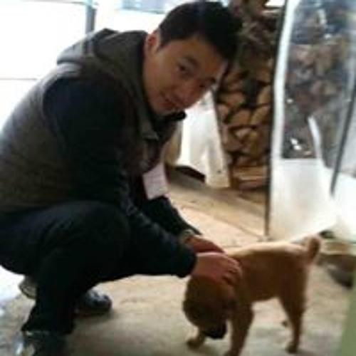 Dong Hyun  Yeah's avatar