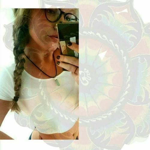 ide_lia's avatar