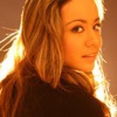 MaxiEA's avatar