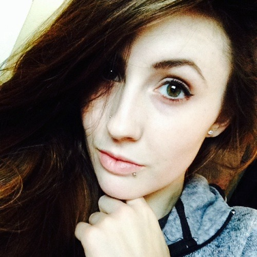Cora Bidet's avatar