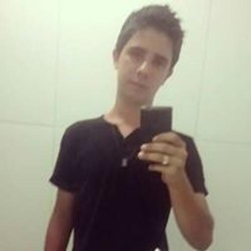 Luka Quinellato's avatar