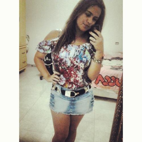 MayaraVieira's avatar