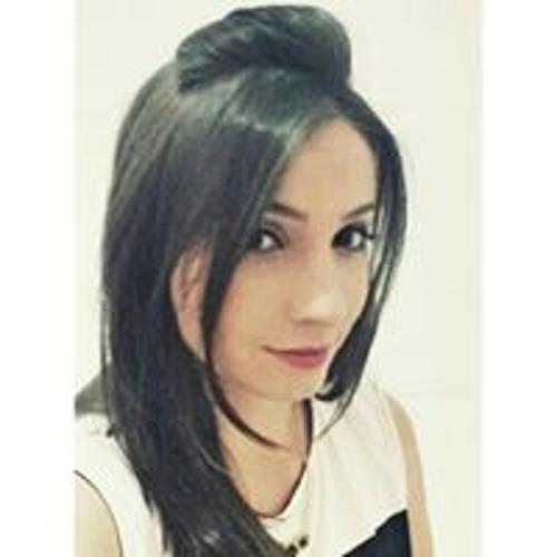Isabella Campos 18's avatar