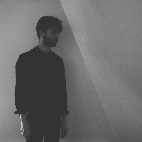 Momentform's avatar