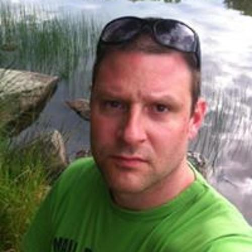 Mikael Larsson 26's avatar