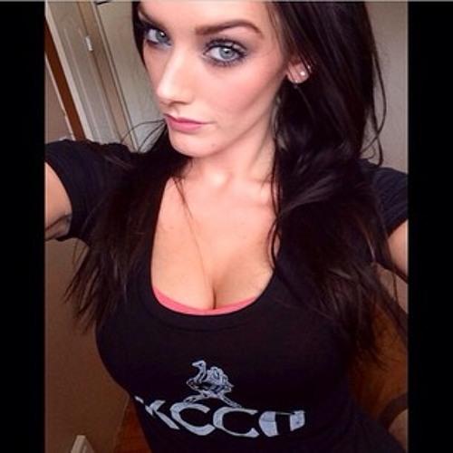 ♫ Louise Chambers ♫'s avatar