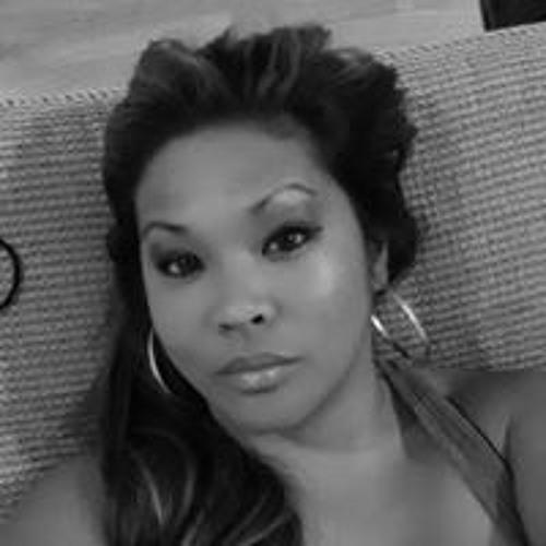 Jenn Bautista's avatar
