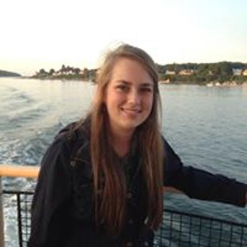 Molly Sides's avatar