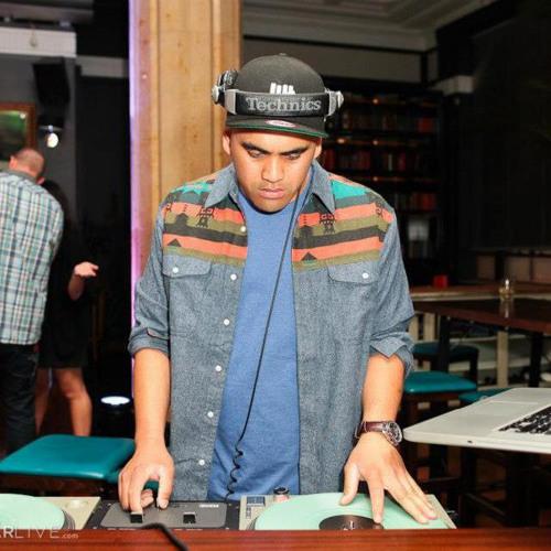 DJ SAM MIXALOT's avatar