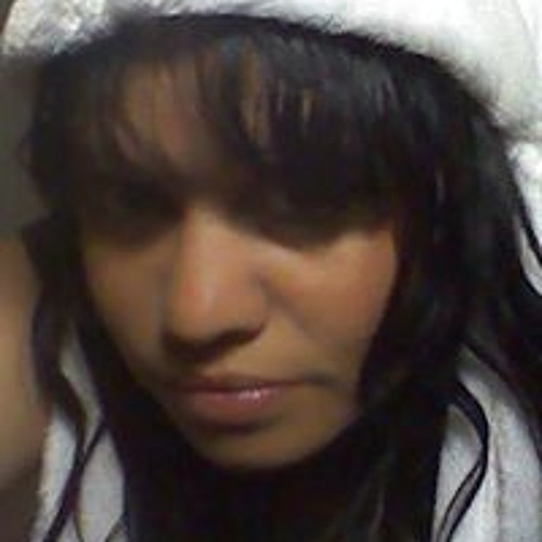 Roz Cutmore's avatar