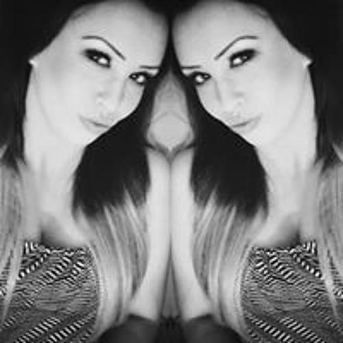 Stephanie-Mayy HMx's avatar